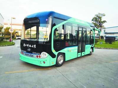 无人驾驶公交车 合肥晚报记者 黎静/图-合肥造 无人驾驶 公交在深圳上路高清图片